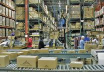 warehouse package delivery line